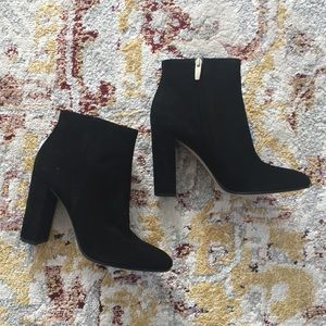 NIB Gianvito Rossi Suede Ankle Boots Sz 39.5